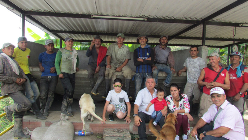VCC Ruben (VCC's forth generation owner, Carolina's father) and VCC farm's team