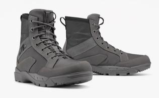 ミリタリーアパレルブランド「ヴィクトス」に防水ブーツが登場!悪天候もへっちゃらだ!