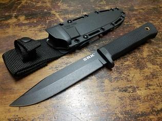 NAVY SEALsにも使われているSRKナイフ!