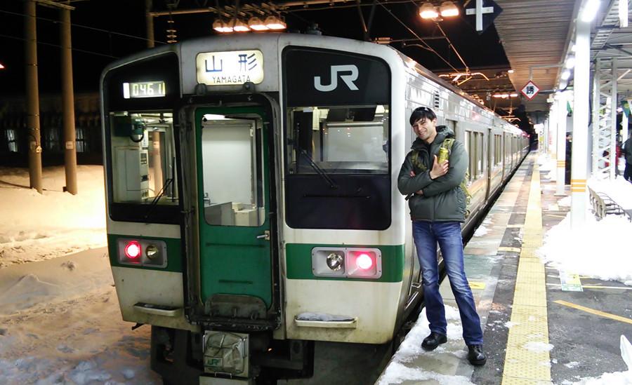 山形 電車.JPG