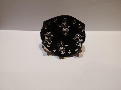 Bracelet en cuir 4 crânes