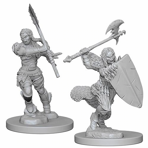 D&D Figurines HALF ORC FEMALE BARBARIAN