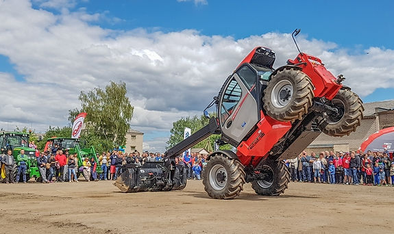 Traktoriu svente (11).jpg