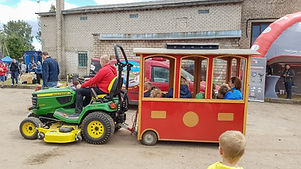 Traktoriu svente (6).jpg