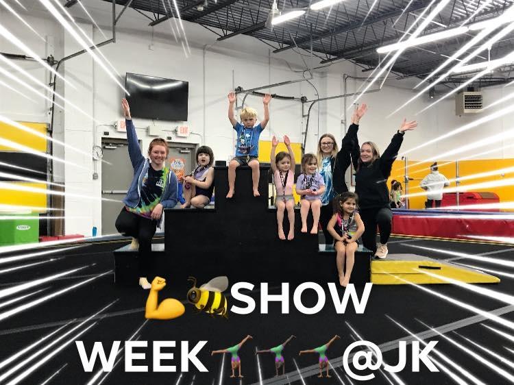 showweek