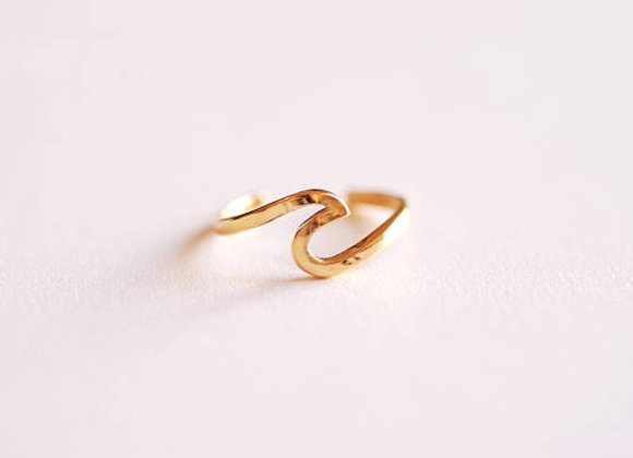 Ring Wave Gold