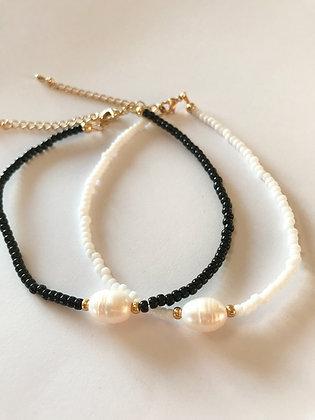 Fusskette Black / White and Pearl