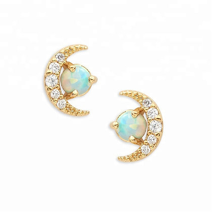 Stud Moon Opal Stone