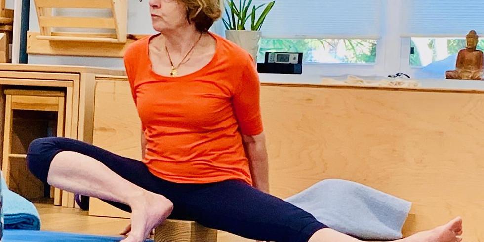 Taller de Yoga Iyengar en línea con Bobby Clennell