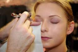 how-to-airbrush-makeup.jpg