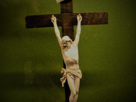 Karmels hage 11: Lidelse og kors