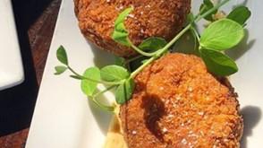 前菜盛り合わせ パート2:鯖のポルペッテ、ペペロナータ等