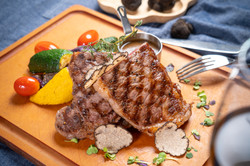 Grilled M5 Australian Wagyu Striploin with Fresh Black Truffles