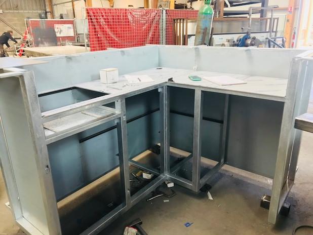 fabrication bar en cours