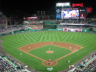 Record numbers of alums enjoy an evening with the Nats