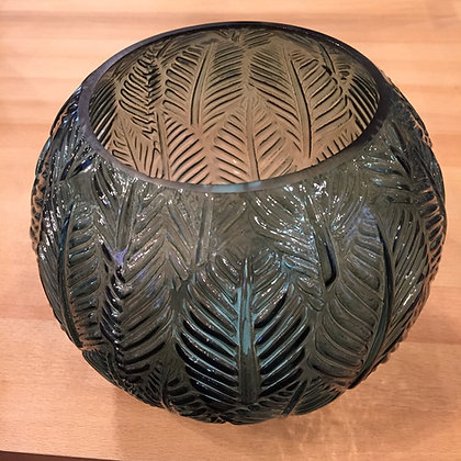 Gisela Graham Green Leaf Impression Vase