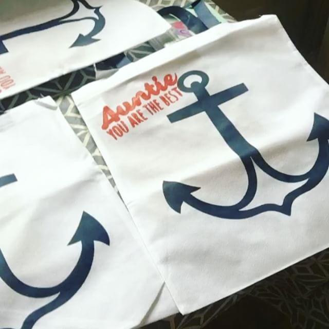 Anchor Favors