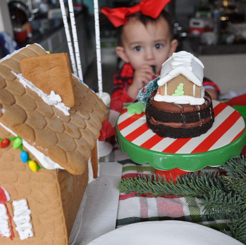 yum Gingerbread house