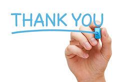 obrigado-escrito-à-mão-com-marcador-azul