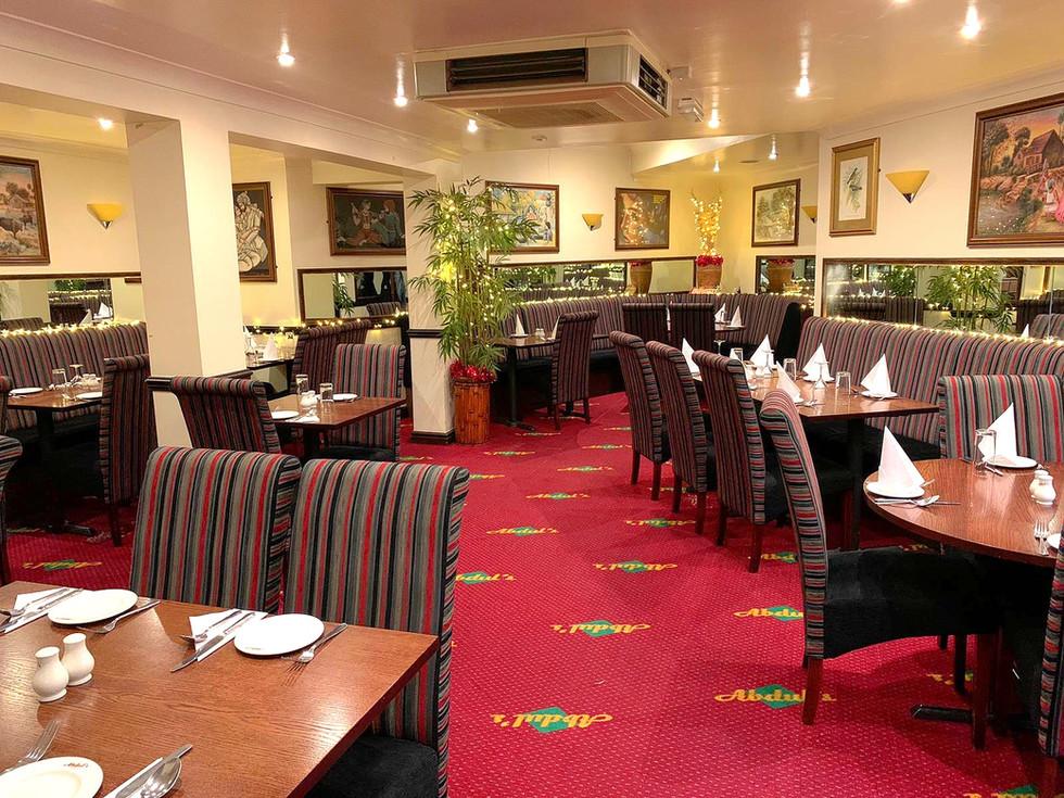 Restaurant _edited.jpg