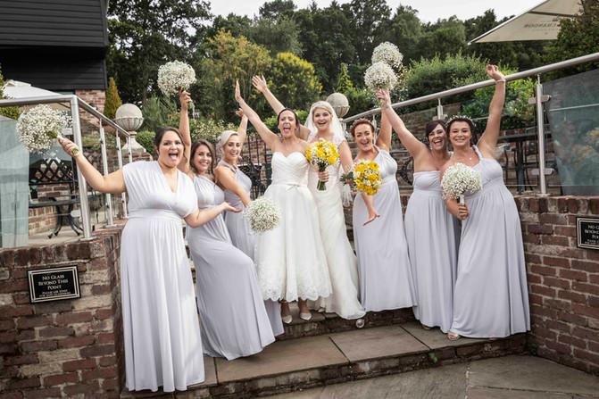 Bridesmaids wedding photography.jpg