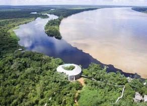 A blogueira Valéria Totti visitou o hotel de Selva Pakaas, que fica no meio da Floresta Amazônica.