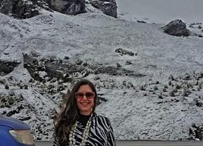 """Valéria Totti percorre a """"Estrada da Morte"""" para ver a neve na Amazônia Andina"""