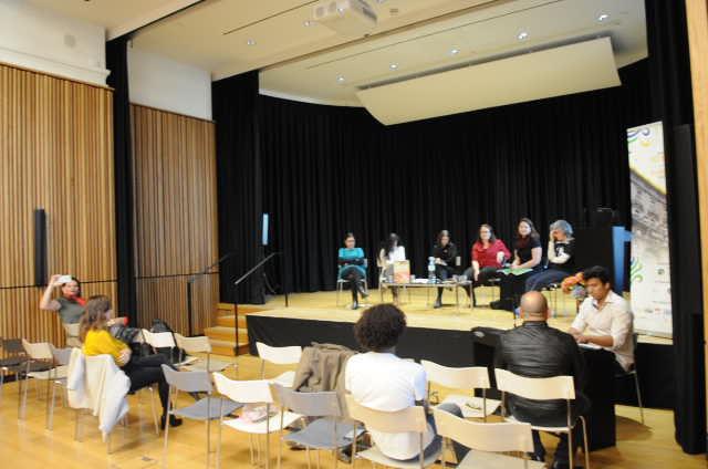 A mesa literária teve o acompanhamento musical de Kias de Oliveira