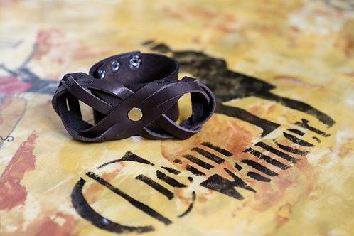 Кожаный браслет Бесконечность