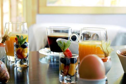 Petit_déjeuner_Crans_Luxury_Lodges.jpg