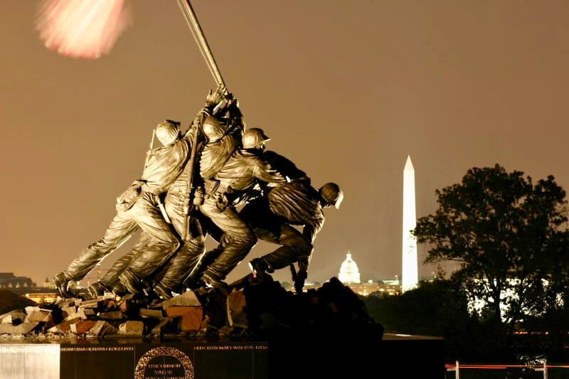 DC Bus Tours by Moonlight