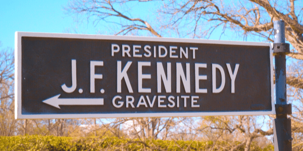 John F Kennedy Grave.png