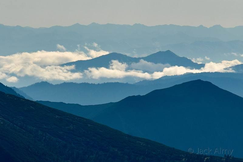 Путешествия Байкал. Синие горы