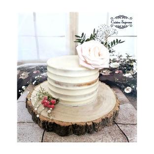 Vanilla sponge wedding cake