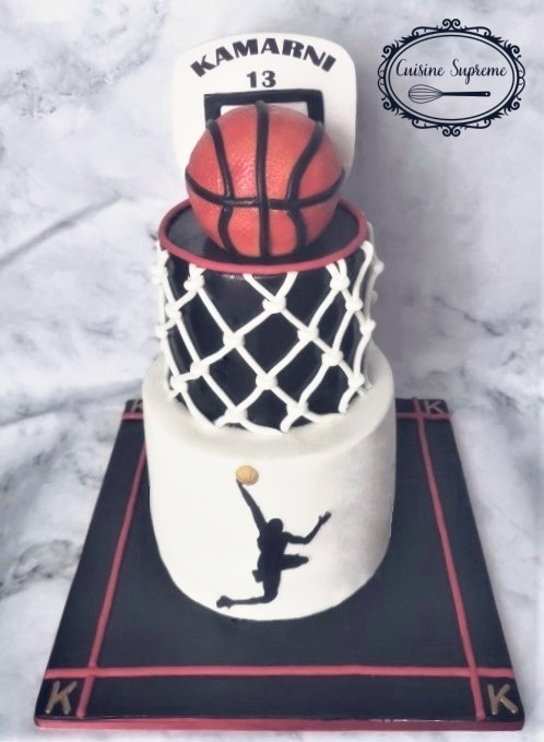 Vanilla Sponge Basketball Themed Cake