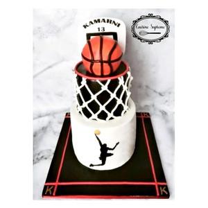 Vanilla Sponge Basket Ball Themed Cake