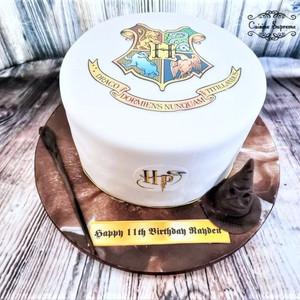 Harry Potter Themed Vanilla Sponge Cake