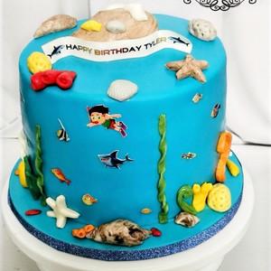 Vanilla Spong Under the Sea Theme Cake