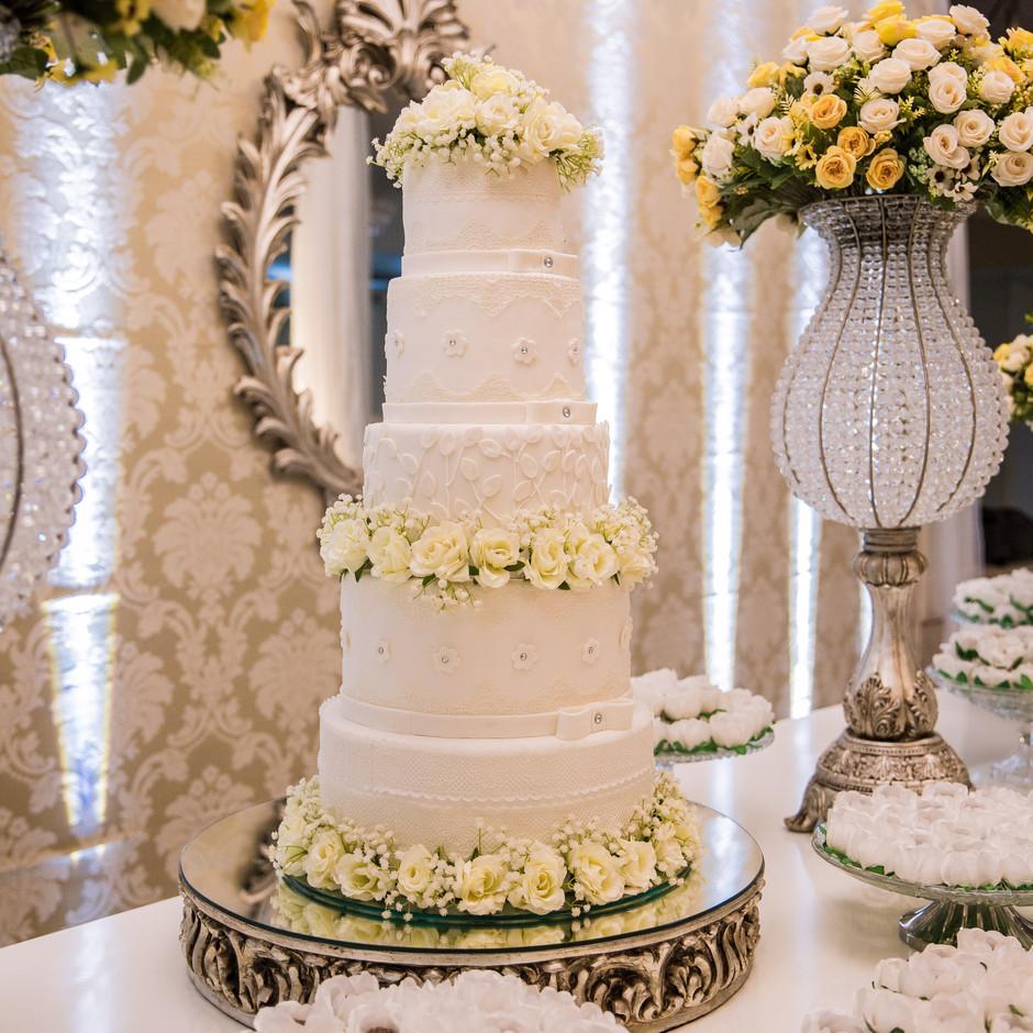 5 Tier Wedding Cake Roses and Diamonds