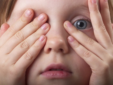 Como ajudar o seu filho a lidar com o medo? – Tatiana Sessa