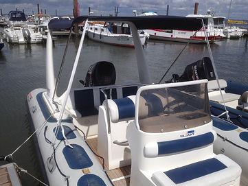 location bateau hors bord BOMBARD SUNRIDER 650 cote et mer 13 places, 150 cv, bassin d'arcachon