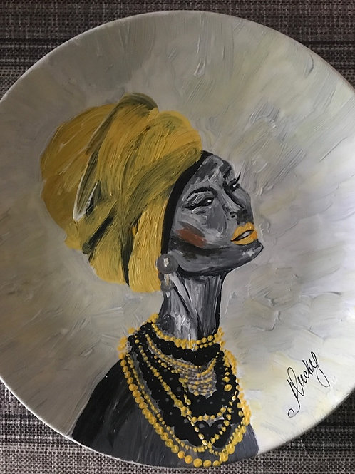 Африканка в желтой чалме