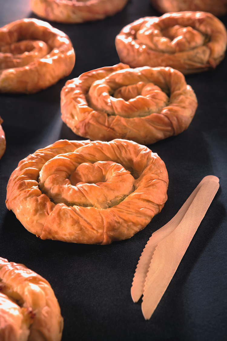 SPIRAL CHEESE OR SPINACHE PIE