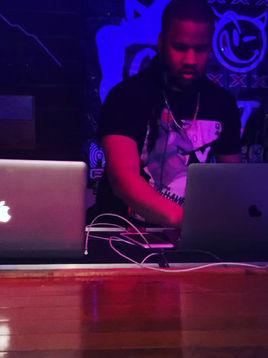 DJ Greg Keeps US Groovin'
