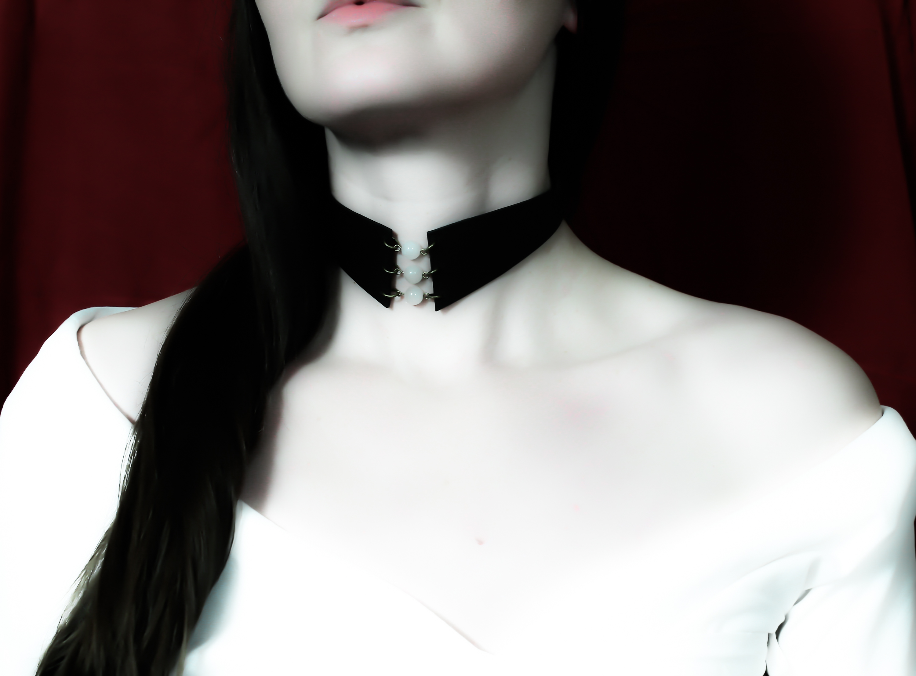 moonstone leather choker
