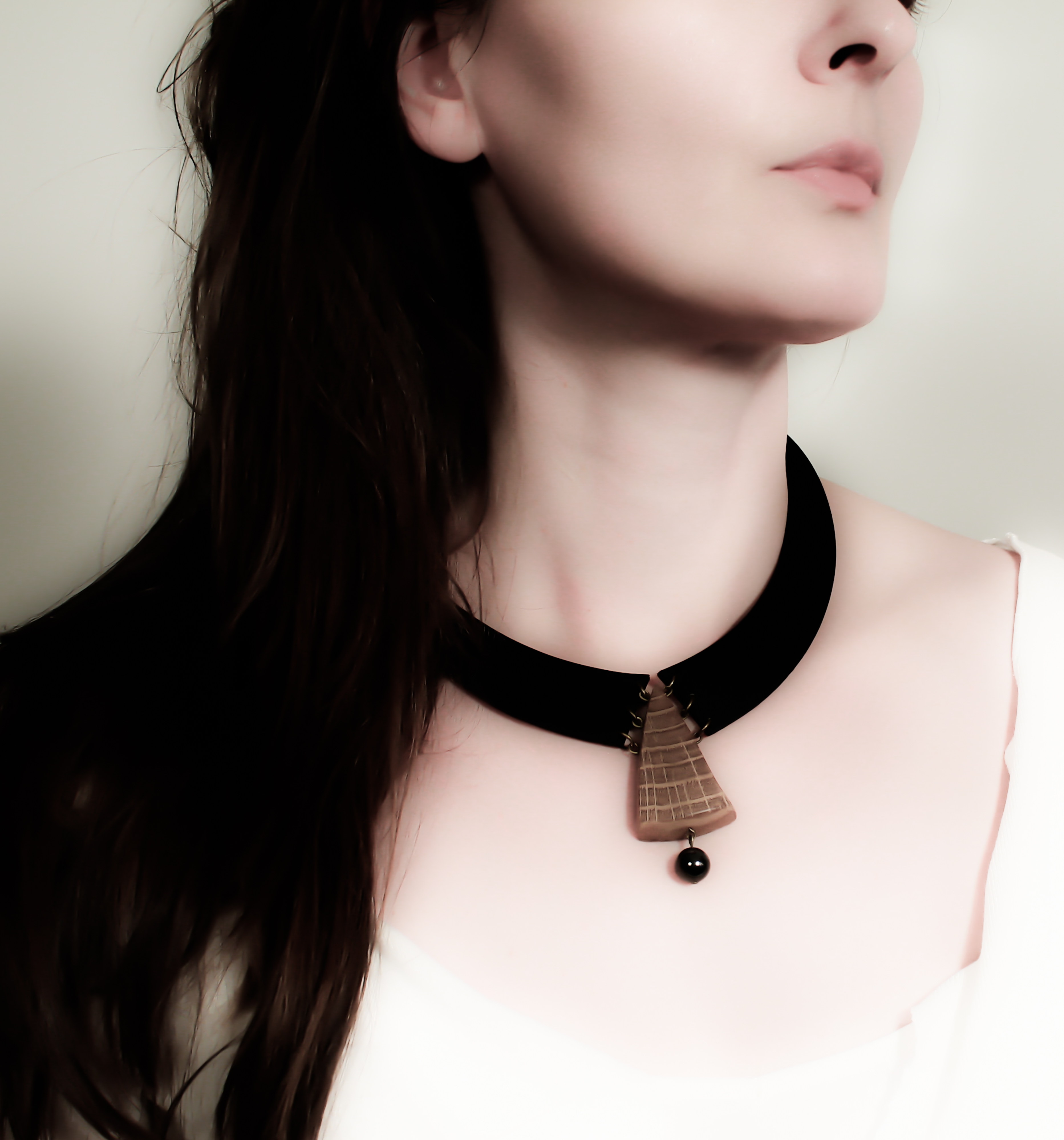 oak hematite leather necklace
