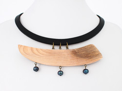 ash black pearl leather necklace