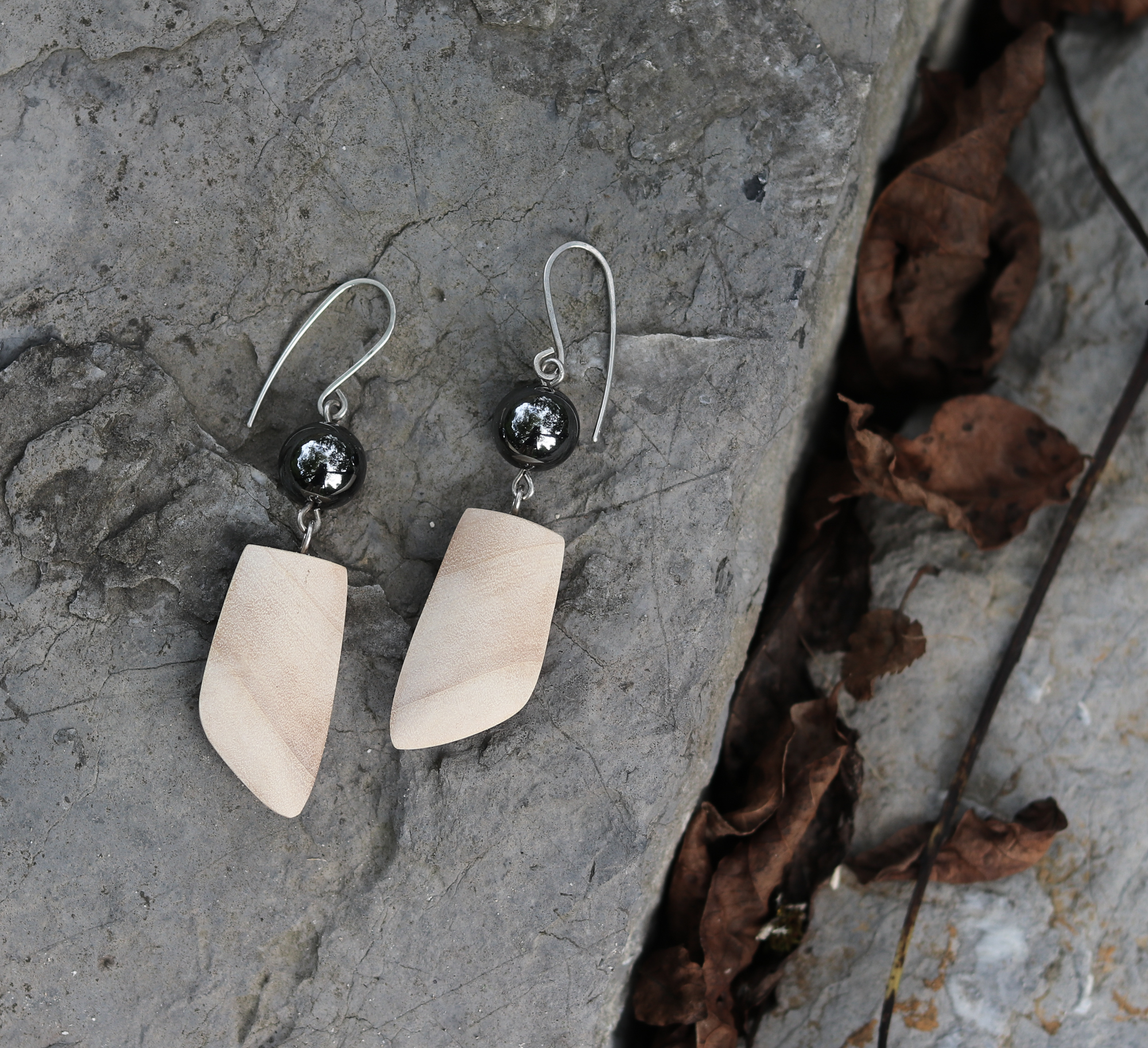 black poplar hematite earrings