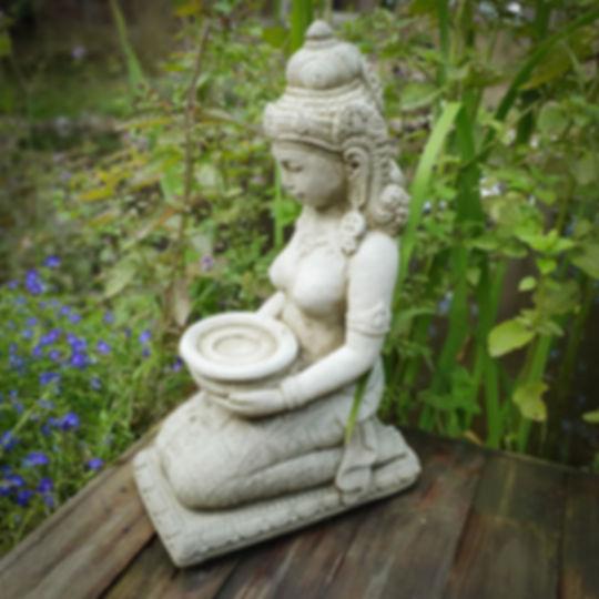 Tealight Goddess A