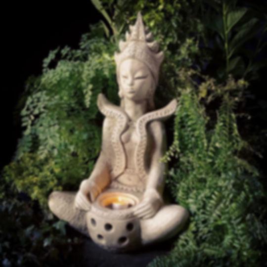 Tealight Goddess B
